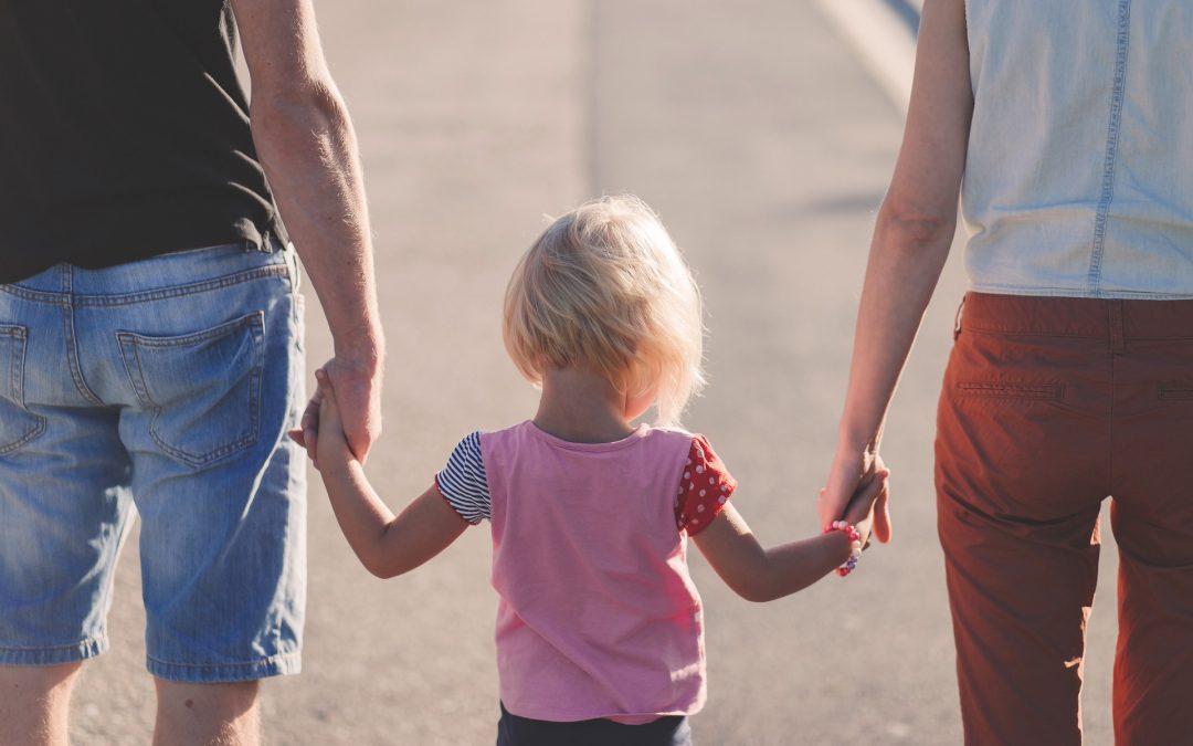 ¿Quién obtiene la custodia de los hijos en un divorcio?