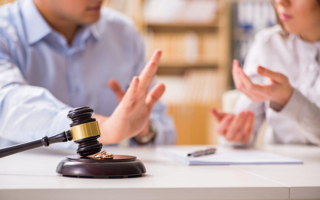 ¿Cuáles son los derechos de la esposa en un divorcio?