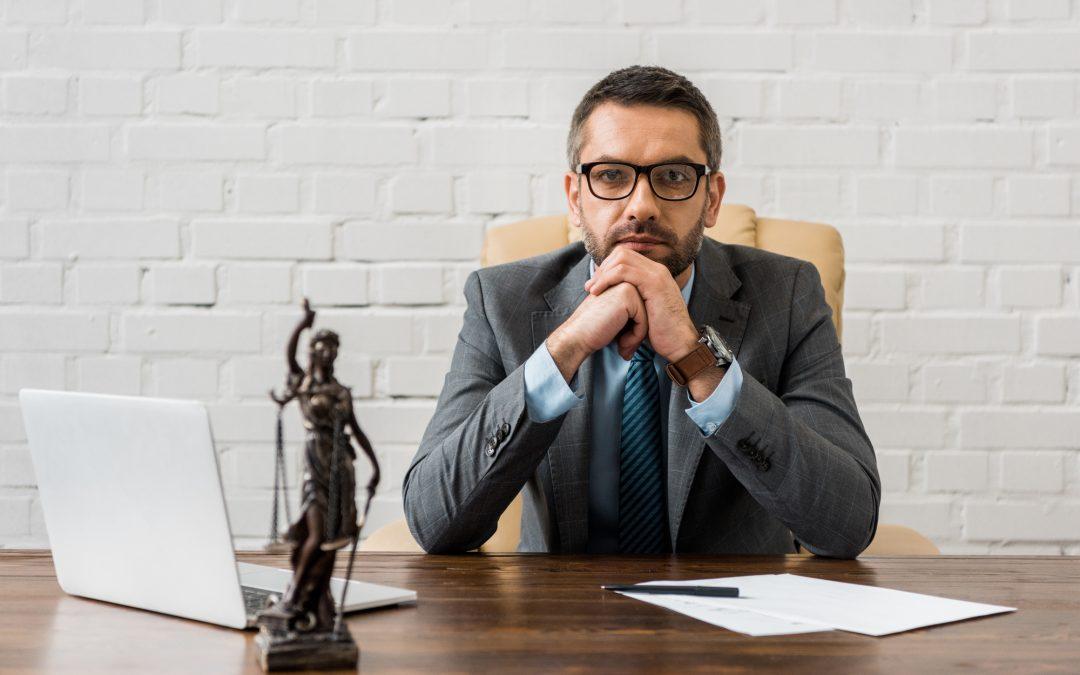¿Qué características debo buscar en los abogados de divorcio en Houston TX?
