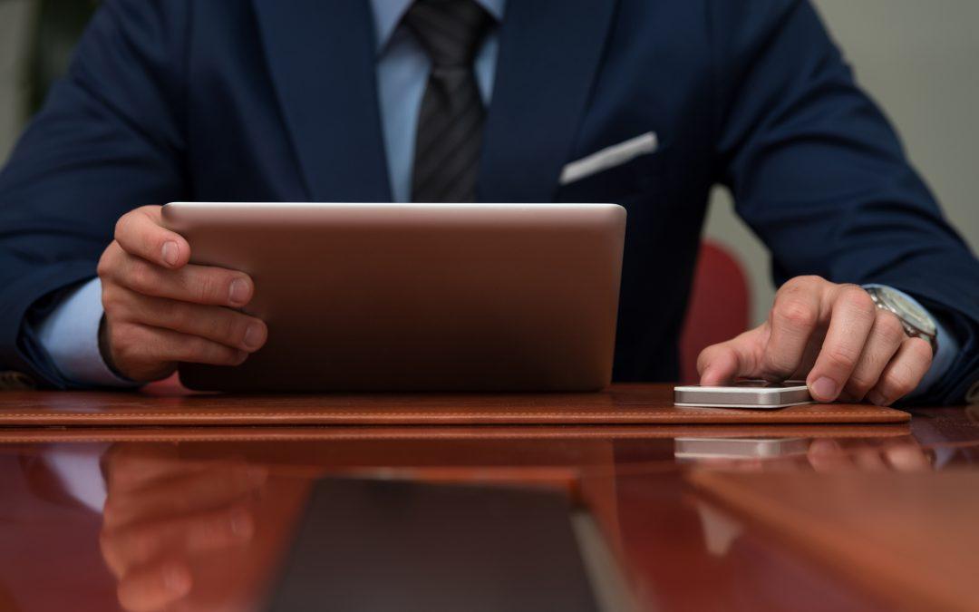 Cómo seleccionar un abogado consulta online gratis