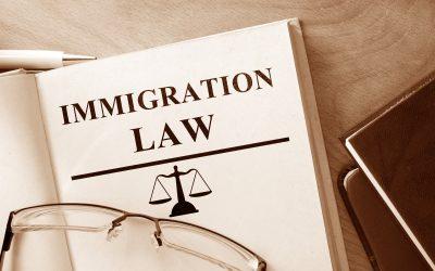 ¿En qué se especializa un abogado de inmigración?