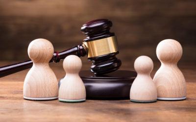 ¿Qué hacer si el otro padre desobedece una orden de la corte familiar?