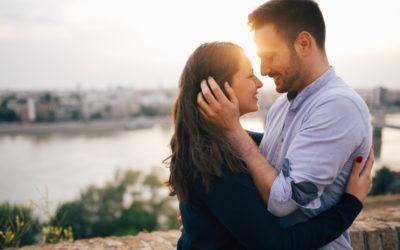 Conoce cómo proteger tus derechos como esposa en los Estados Unidos si eres extranjera