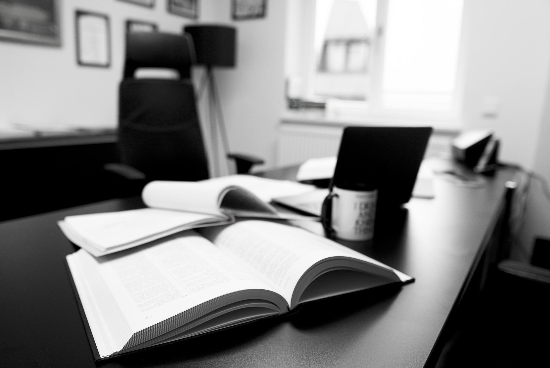 Estas son todas las maneras en que te puede ayudar una dirección de abogados gratuitos