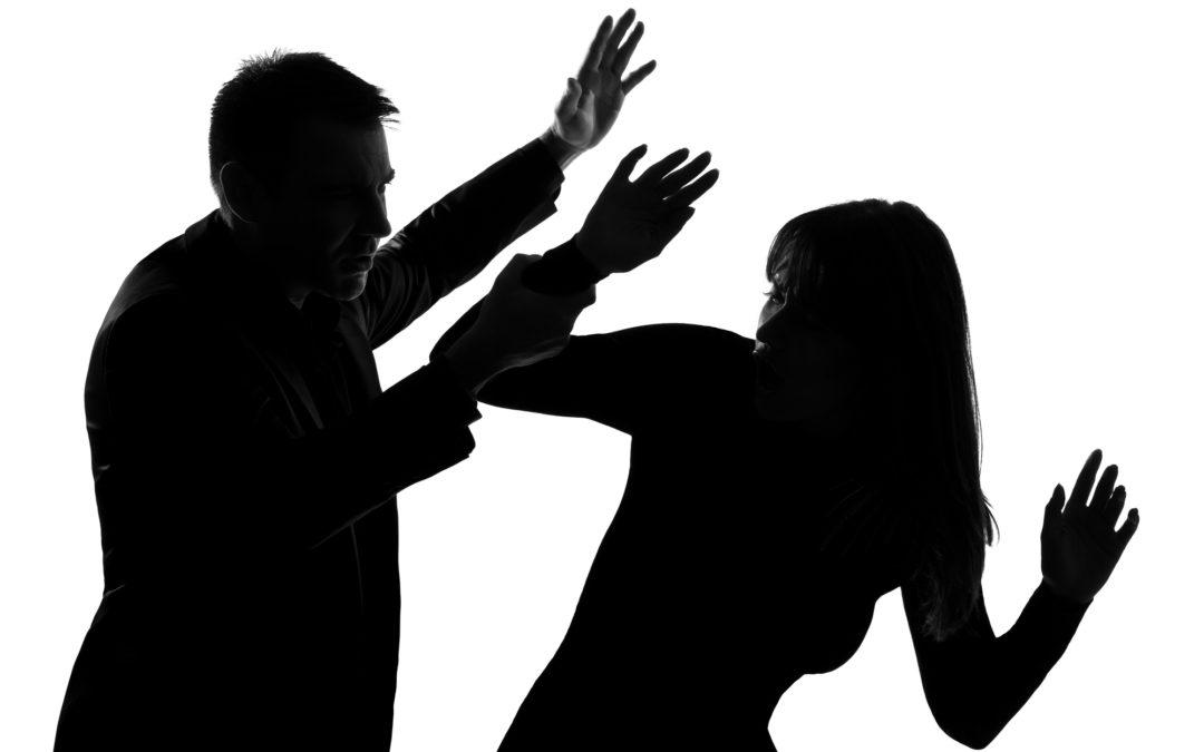 Cómo levantar una orden de restricción con ayuda de un abogado de violencia doméstica