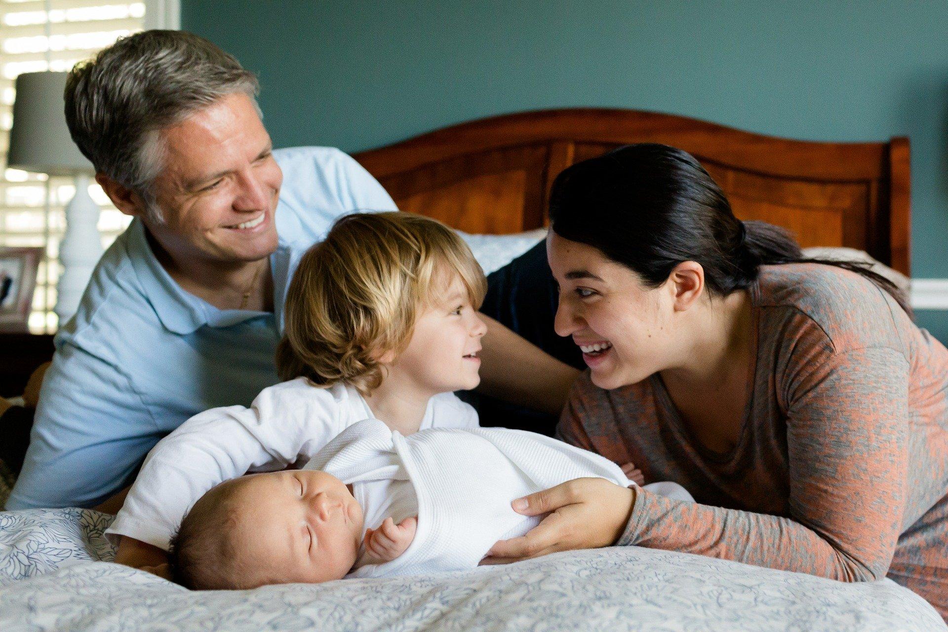 Miembros de la familia extendida y derechos de custodia legal de los hijos en Estados Unidos