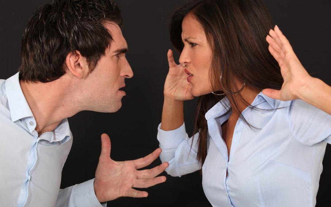 ¿Qué pasa cuando presentas cargos por violencia doméstica?