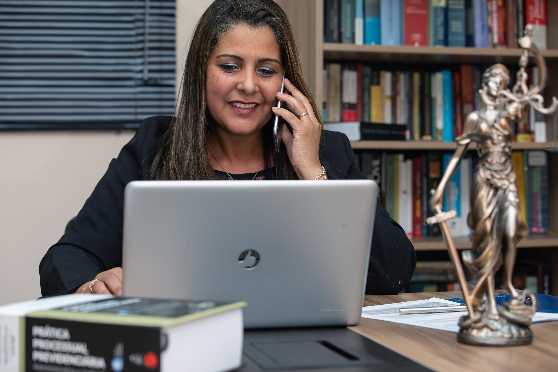 Cómo elegir el abogado de migración adecuado